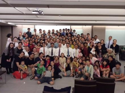 Grupo que participou do congresso da família, em Taiwan.